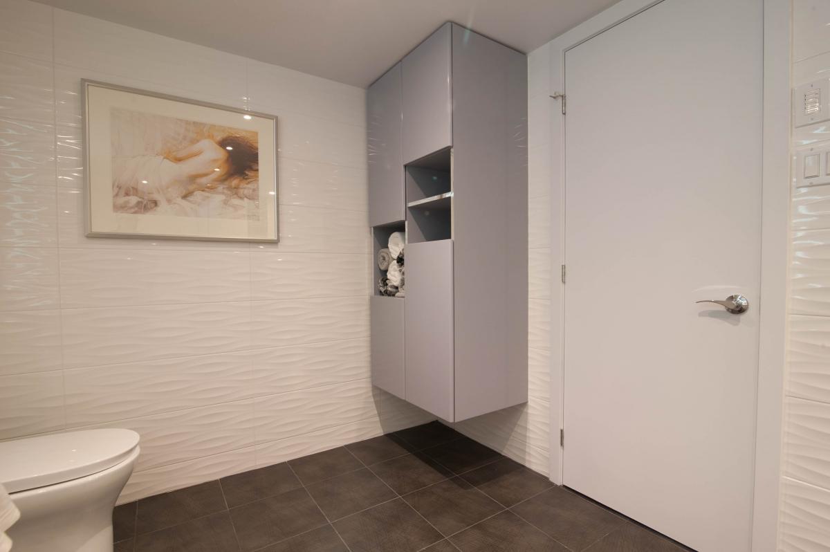 Master Bathroom Cote St Luc Condo Montreal