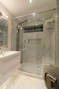 Main-Bathroom-4